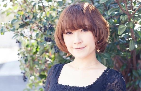 Rina Sato: uma magister magi, a railgun de Tokiwadai e agora, a Sailor Mars.